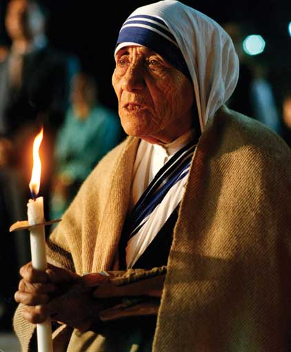 """I Have Come to Love the Darkness"": Mother Teresa's Way of the Cross"