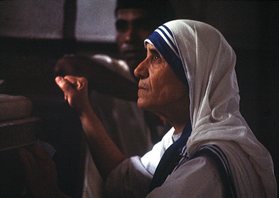 """I Have Come to Love the Darkness"": Mother Teresa's way of the cross."