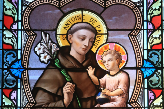 Warming the Hearts of Men: the Life of St. Anthony of Padua: The Patron of Lost Articles was also a passionate, eloquent preacher of the gospel. by Jeanne Kun
