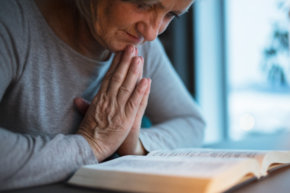 Timeless Ways to Pray with Scripture: Encounter God, hear his voice, receive his love.